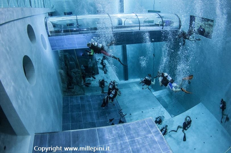 Immersione diving nella piscina pi profonda del mondo for Y 40 piscina