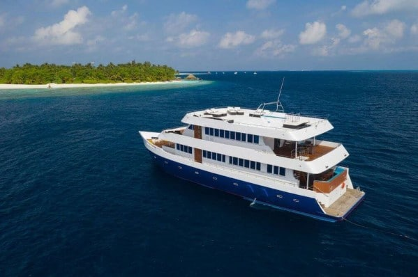 M/Y Maldives Explorer