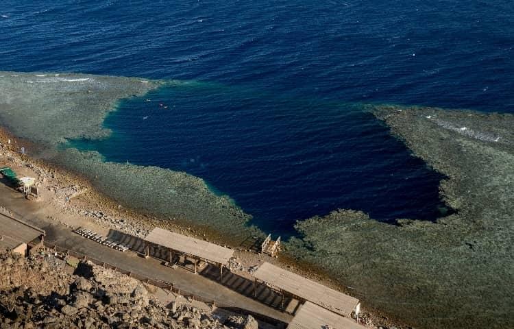 Blue Hole di Dahab
